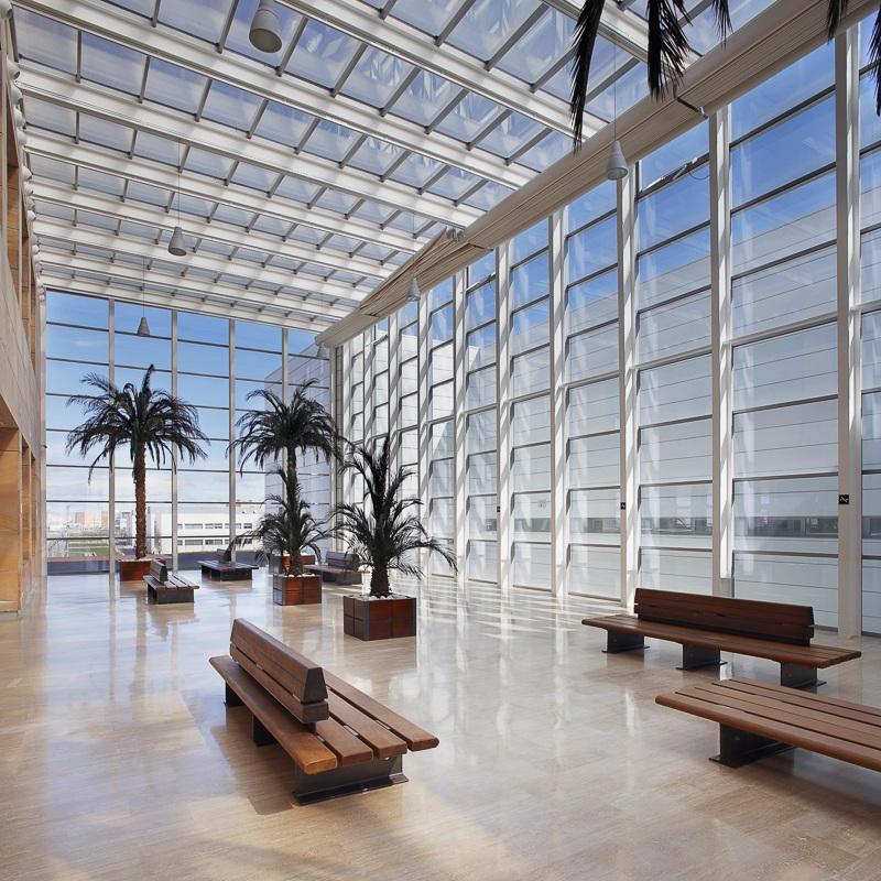 Bibliothèque Juan Carlos I, Fuenlabrada, Espagne - Client: Kawneer