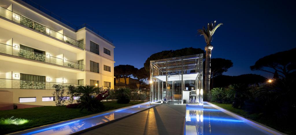 Kube Hotel à Saint-Tropez - Client: Philips Lighting