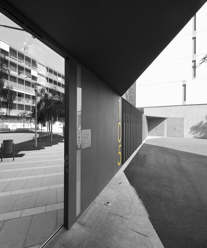 Viviendas à Barbera Del valles, Espagne - client : Kawneer