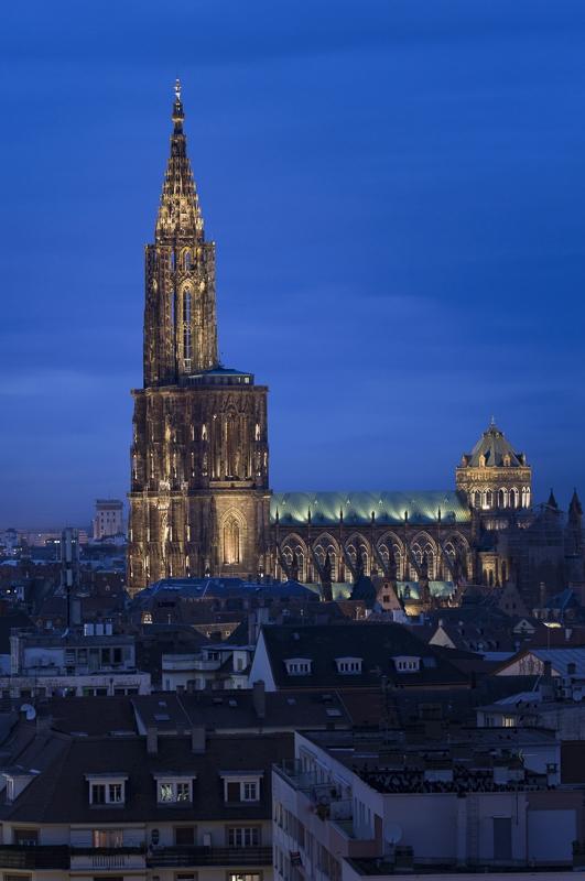 Cathédrale de Strasbourg - Client : Citeos Concepteur lumière : L'Acte lumière, Jean Yves Soetinck