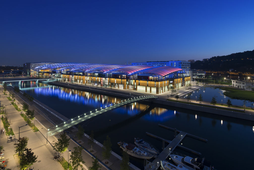 Centre commercial Confluence à Lyon - Client : Vinci Energies, Citeos