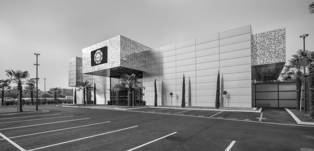 Casino de PauArchitectes : Reichen et Robert