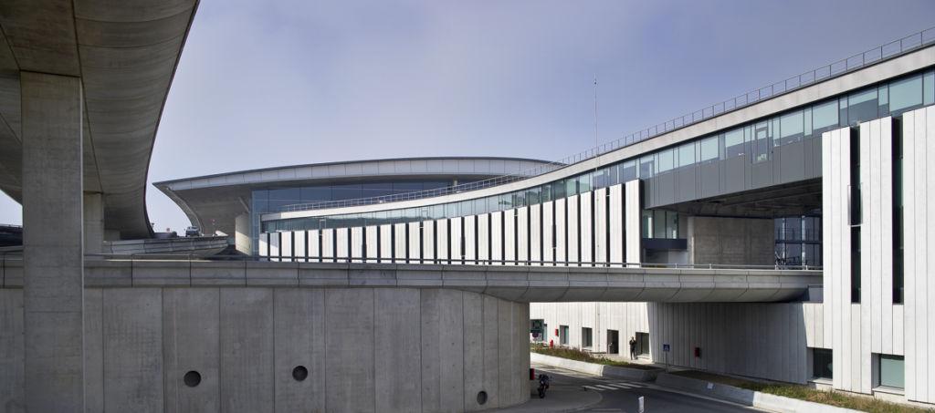 Aéroport de Paris Charles De Gaulle - Client : Kawneer