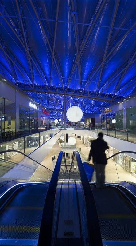 Centre commercial Confluence à Lyon - Clients : Vinci Energies / Citeos