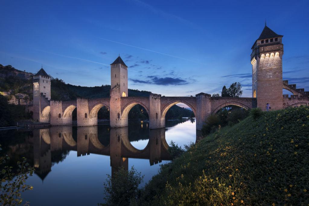 Pont Valentré à Cahors - Client : Philips Lighting - Conception lumière : Quartiers lumières, Lionel Bessieres