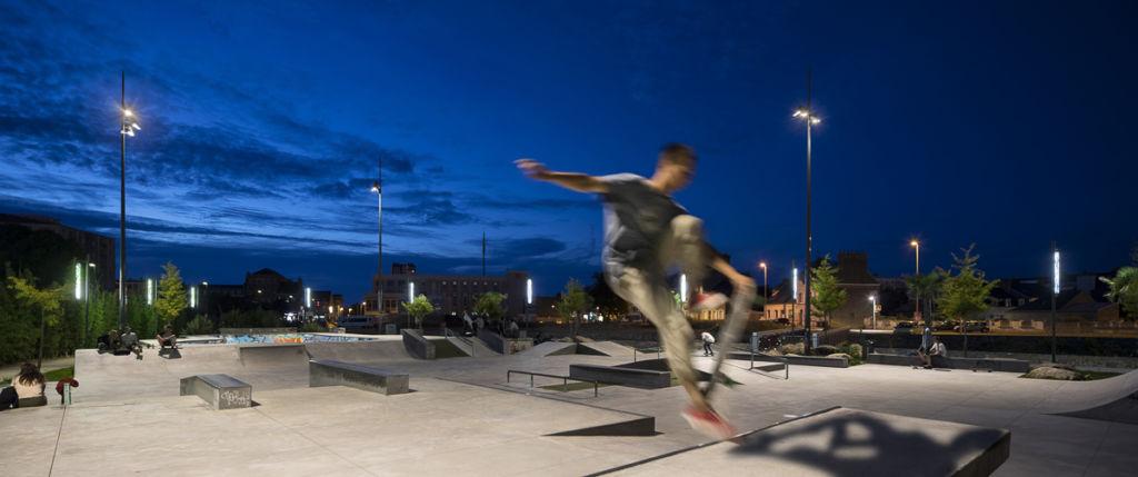 Cherbourg - Client : SNAIK - LIGHT ART STUDIO Yann Kersalé