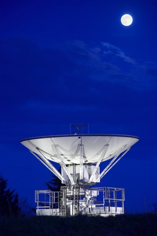 Antenne satellite à Toulouse - Client : Thalès Alenia Space