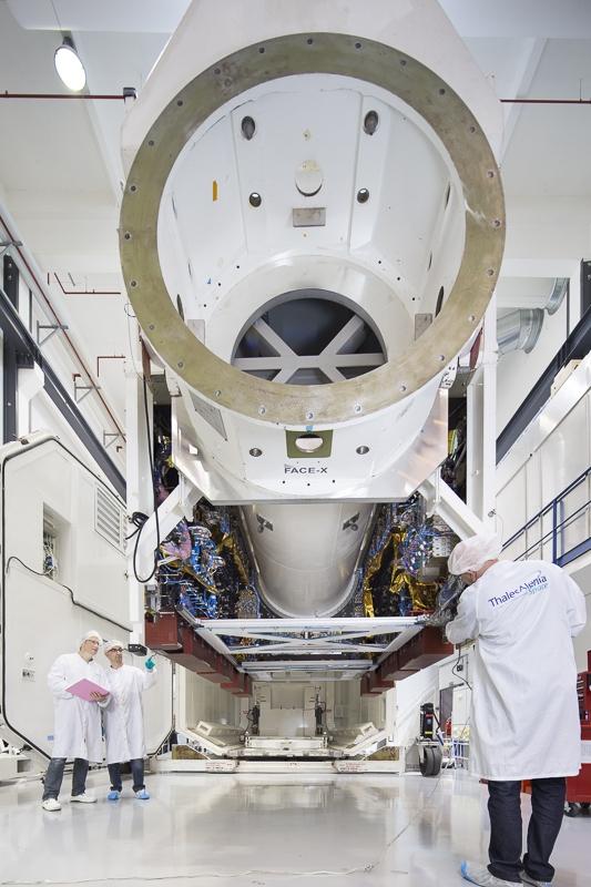 Conditionnement pour transport charge utile satellite 8WB à Toulouse - Client : Thalès Alenia Space