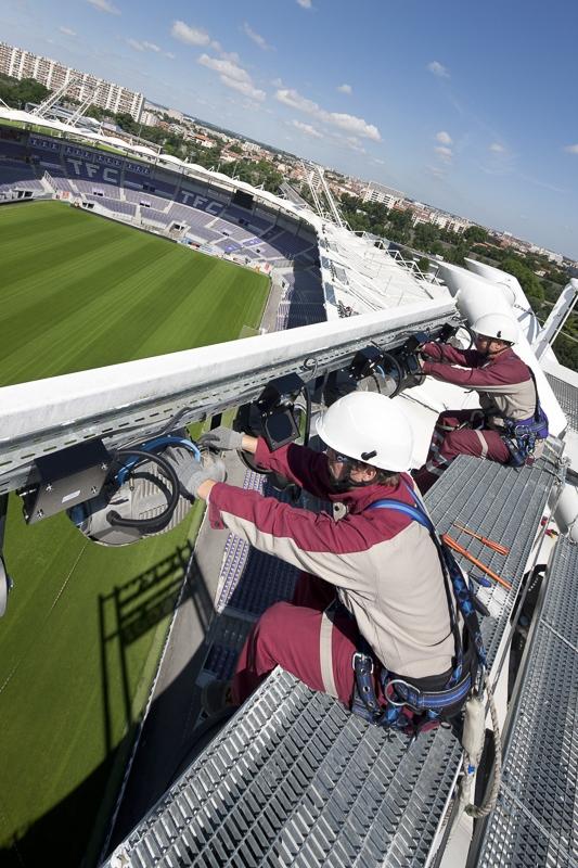 Travaux sur éclairage au Stadium de Toulouse - Client : Citeos