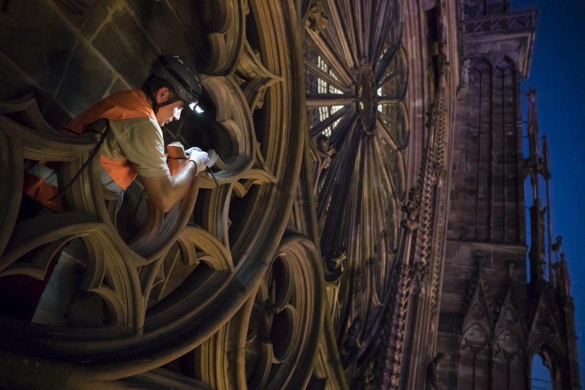 Reportage installation mise en lumière de la cathédrale de Strasbourg - Client : Citeos