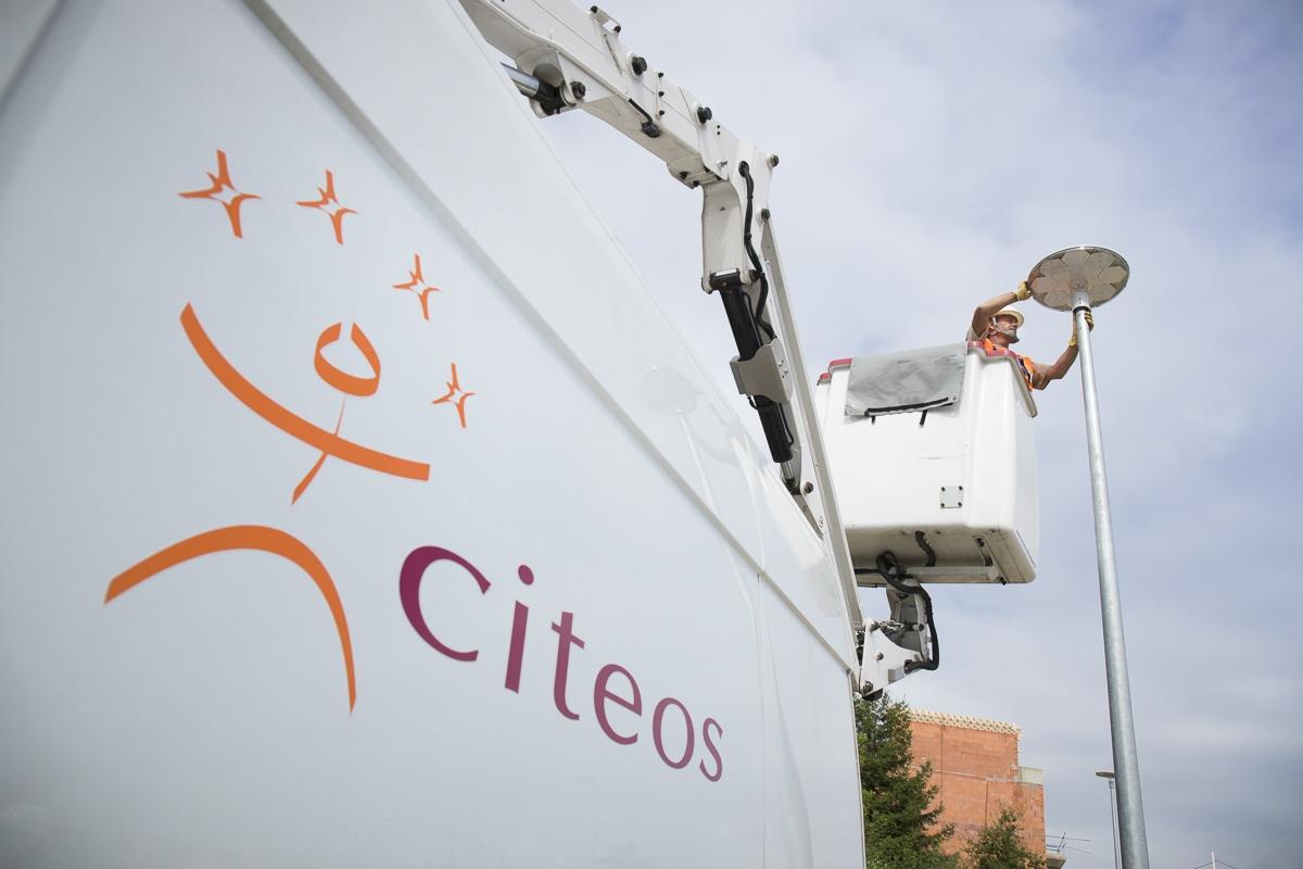 Maintenance sur éclairage public à Angers - Client : Citeos