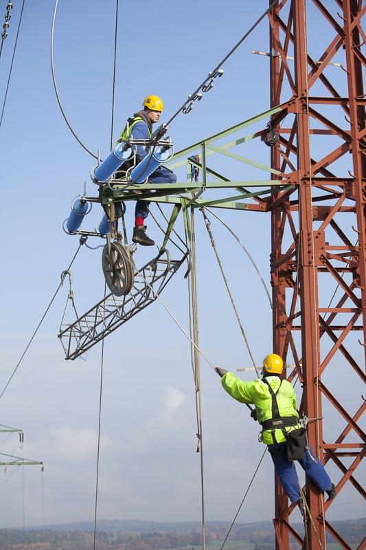 Techniciens de réseaux, République Tchèque - Client : Vinci Energies