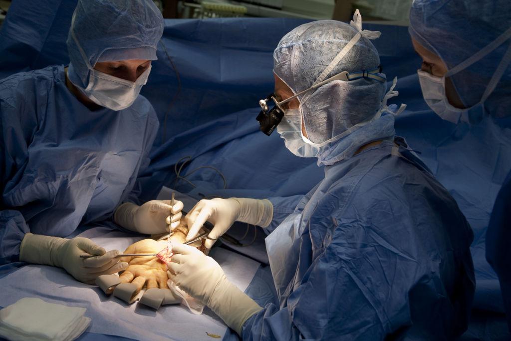 SOS main, Clinique du Tonkin à Lyon - Client : Capio