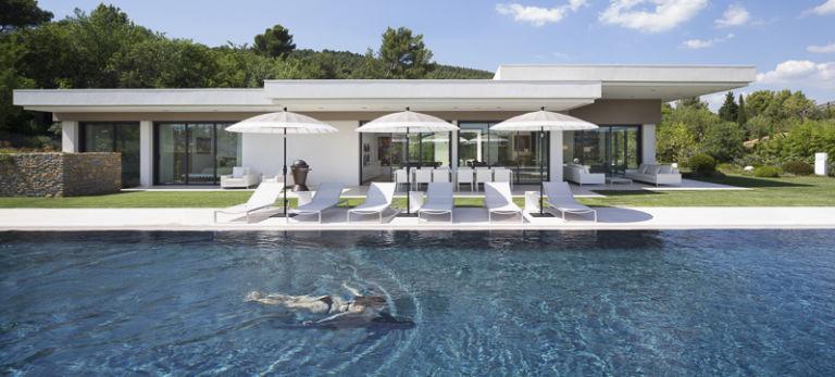 Villa à Aix en Provence - Client: KAWNEER - Architecte : Henri Paret
